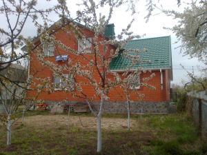 Фото  Загородный ЭкоДом-новострой коттеджного типа.