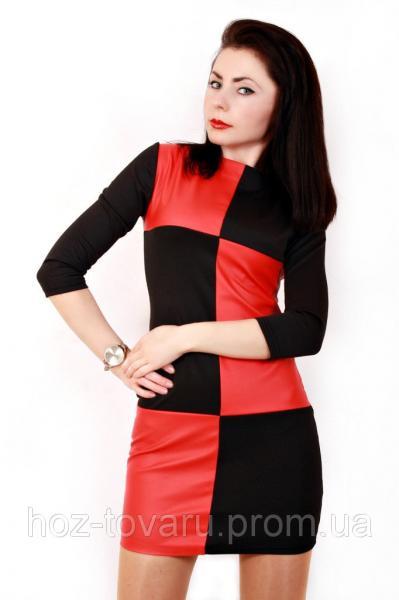 Платье Шахматы красный