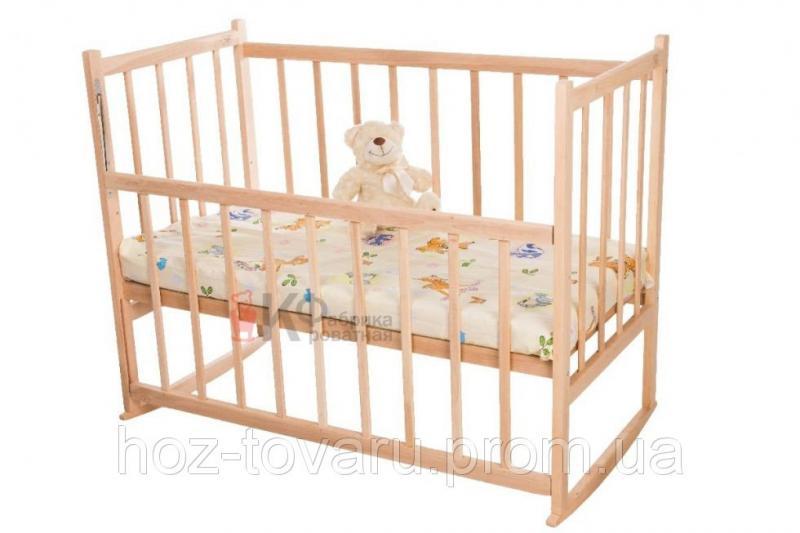 Детская кроватка КФ-2 без лака (качалка+колёсики) с опускающейся боковинкой