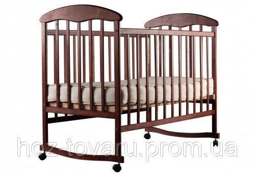 Детская кроватка Наталка тёмная качалка с колесиками