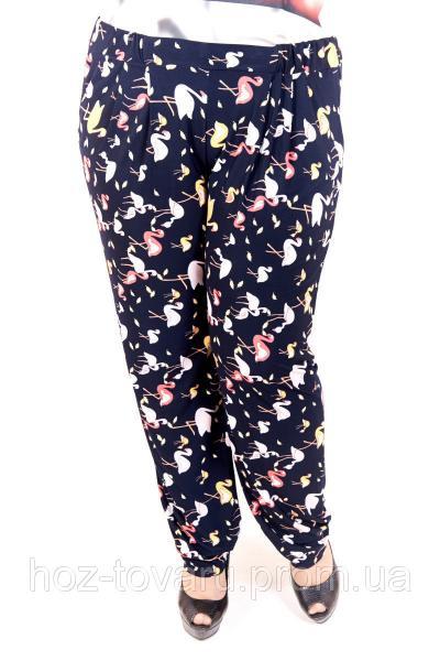 Брюки большого размера Фиеста орнамент фламинго, брюки женские большого размера, летние брюки большого размера