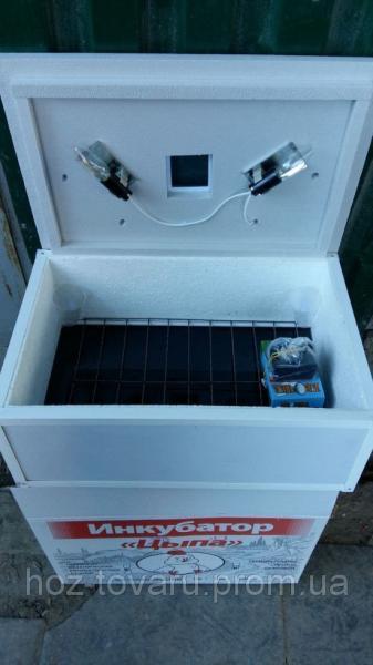 "Инкубатор для яиц ""Цыпа"" ИБ-100 АЦ с вентилятором, автоматическим переворотом (цифровой терморегулятор)"