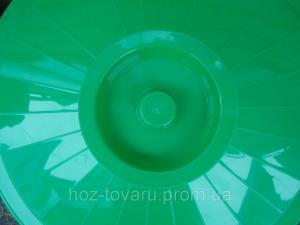 Фото Хозяйственные изделия из пластмассы, Тазы,баки,ванночки,корыта,ящики Бак с крышкой 65 л