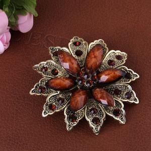 Фото  Брошь Цветок коричневый