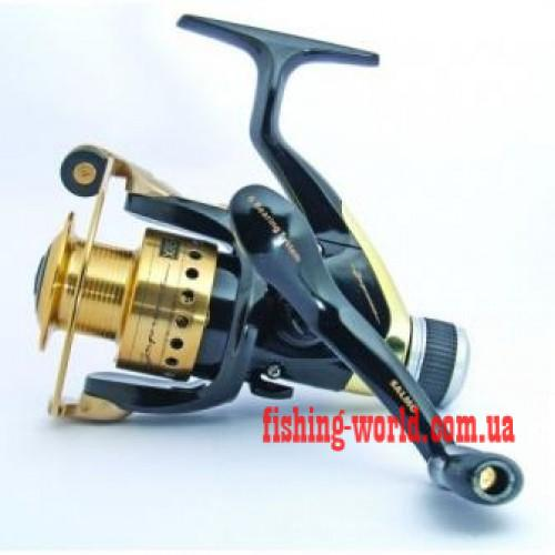 Фото Рыболовные Катушки Катушка Salmo Supreme XR5 5+1 30RD (с задним фрикционом)