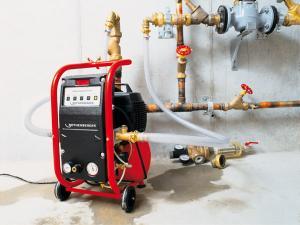 Фото Отопление: монтаж и обслуживание  Промывка систем отопления