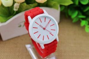 Фото Наручные часы  Женские часы Geneva quartz с силиконовым ремешком