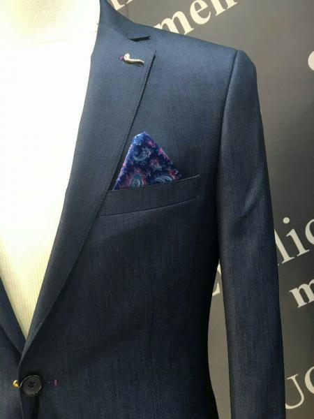 Классический мужской костюм, цвет темный сине-серый