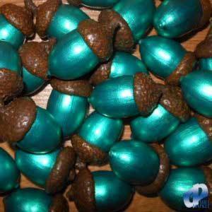 Фото Натуральные материалы - Эко, Желуди для декора Жёлуди декоративные цвета изумруда ЖД-001/5