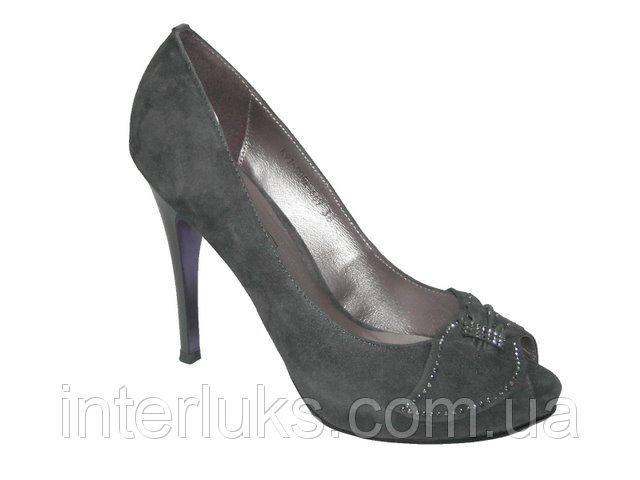 Модельные туфли Flyness