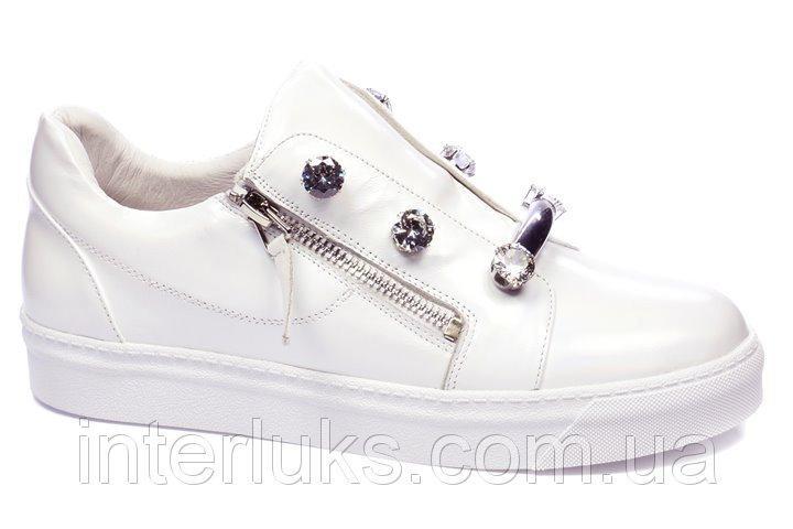 Спортивные туфли Veritas
