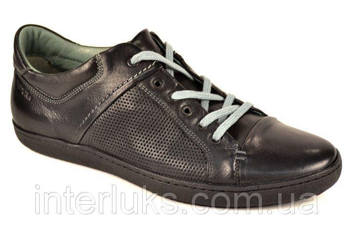 Спортивные туфли Badura