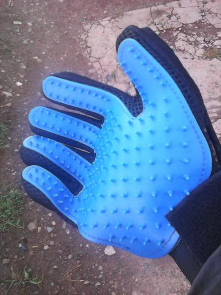 Перчатка-чесалка
