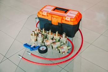 Оборудование для ремонта газомасляных амортизаторов 10 шт.