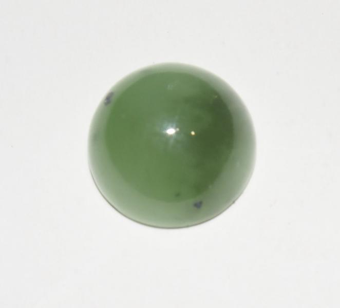 Кабошон нефрит D 12х6 мм