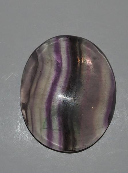Кабошон флюорит 30х25х6 мм