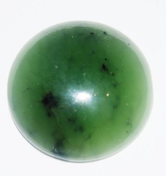 Кабошон нефрит D 25х7 мм натуральный камень