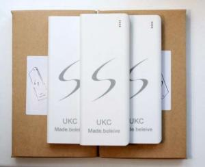 Фото Аксессуары и комплектующие для мобильных телефонов , Power Bank Внешний аккумулятор (power bank) UKC 40000mAh 3USB(1A+2A+1.5A)