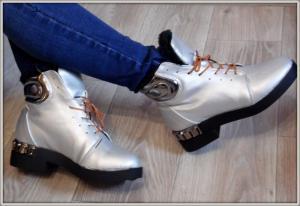 Фото  Ботинки металлик зима