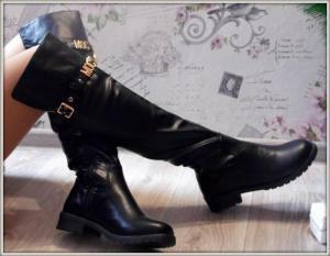 Фото САПОГИ, БОТФОРТЫ Женские стильные черные сапоги на низком ходу