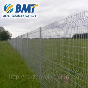 Фото Системы ограждения Системы ограждения (забор из сетки, секции ограждения) с ребром жесткости