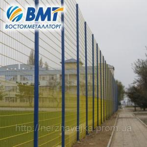 Фото Системы ограждения Системы ограждения (забор из сетки, секции ограждения) повышенной прочности