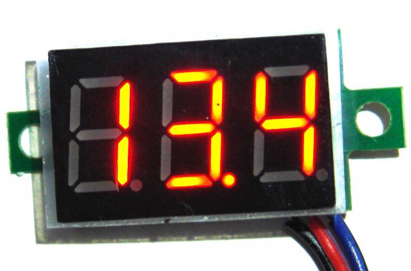 Вольтметр красный индикатор . переменная точка 0 -100 V