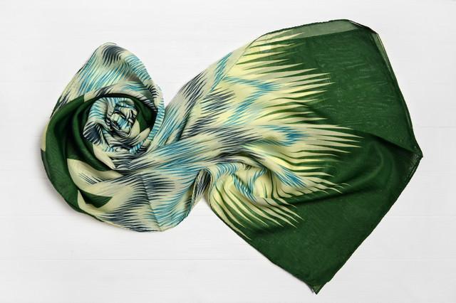 Шарф Меланья геометрия зеленый