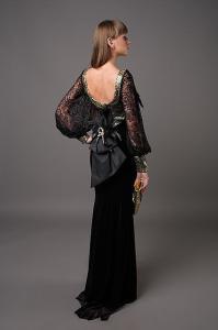 Фото Длинные вечерние платья Длинное бархатное платье с открытой спиной