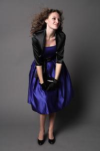 Фото Платья на корсете Платье пышное ниже колена в стиле ретро