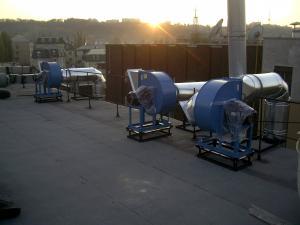 Фото Монтаж вентиляции Монтаж, обвязка радиального вентилятора
