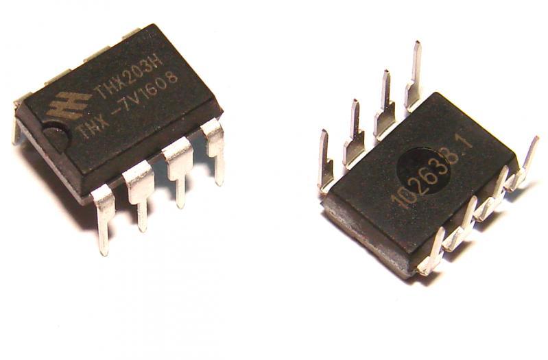 Микросхема ШИМ контроллер THX203H