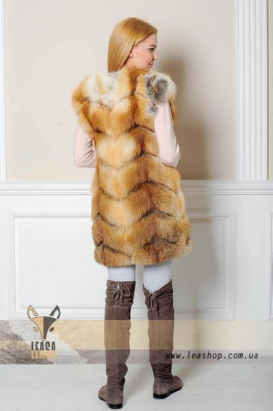 Меховая жилетка из рыжей лисы натуральная