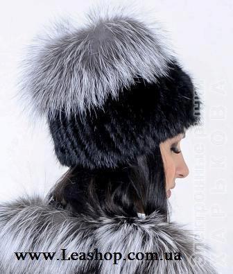 Женская шапка из натуральной чернобурки