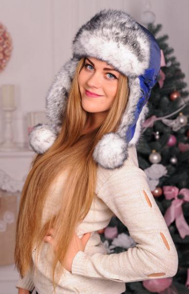 Меховая шапка для девушек из натурального меха