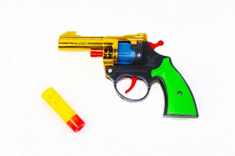 Пистолет пистоны в пакете