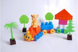 Фото Игрушки для мальчиков, Железная дорога, поезда Поезд с 2-мя прицепами KINDERWAY