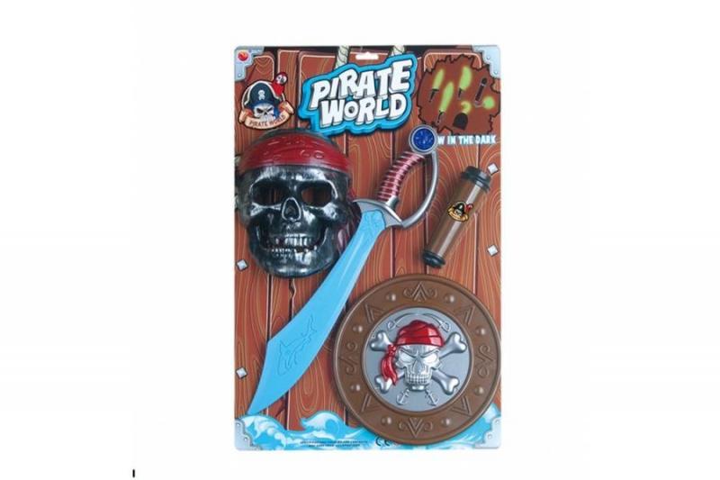 Пиратский набор на планшете