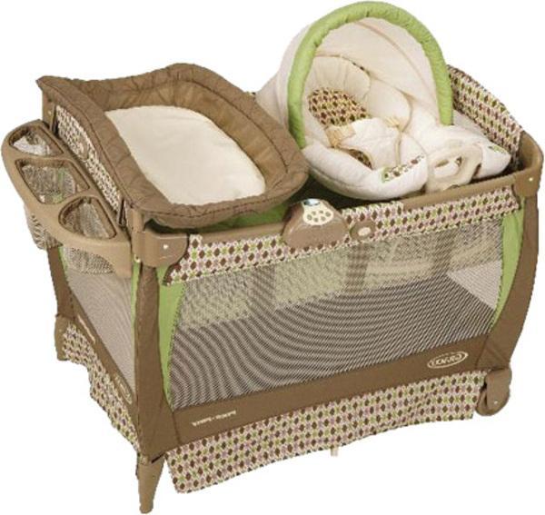 Детский манеж-кровать Graco Cuddlecove
