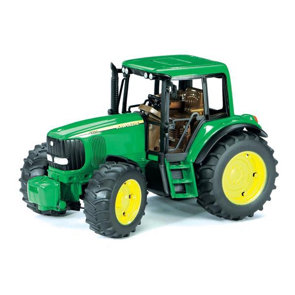 Трактор Bruder John Deere 6920
