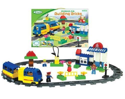 Железная дорога Bairun с пассажирским поездом 30002