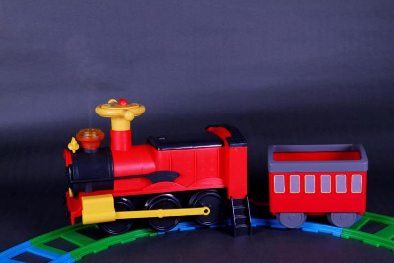 Детская каталка VIP Toys Паровоз 7221