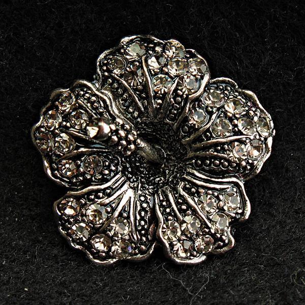 [25/25 мм] Брошь металл под капельное серебро Цветок  со стразами классическая
