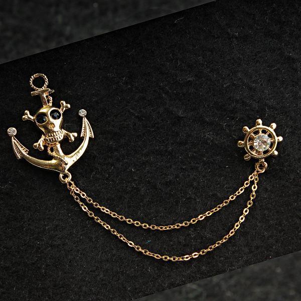 [30/110 мм] Брошь желтый металл морская штурвал и якорь с изображением черепа в стразах на цепочке для кардиганов и воротничков