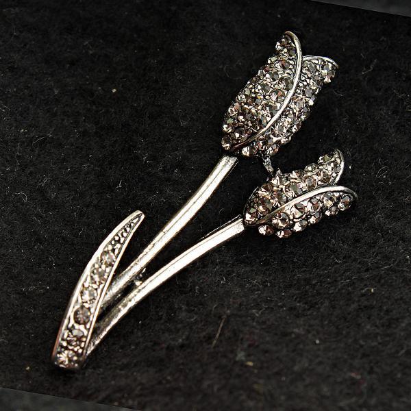[20/55 мм] Брошь металл под капельное серебро тюльпаны со стразами классическая