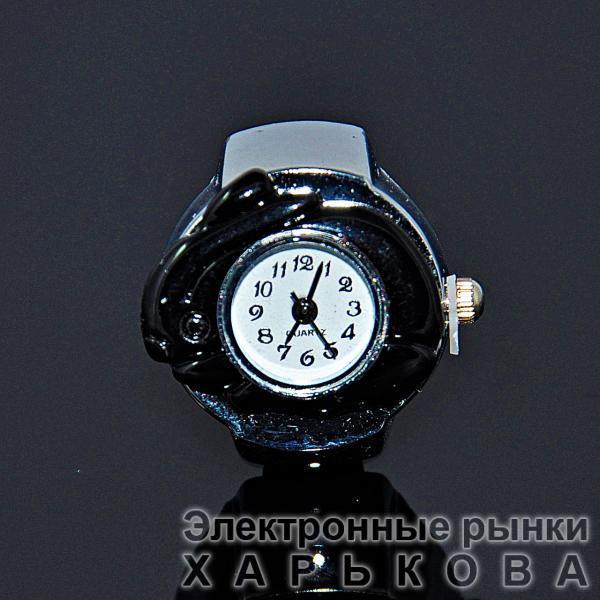 Детские часы на палец - Серебряные кольца на рынке Барабашова