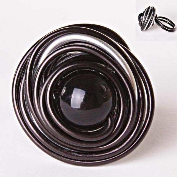 [18,19,20] Кольцо гнездо крученое круг черная бусина градиент 20