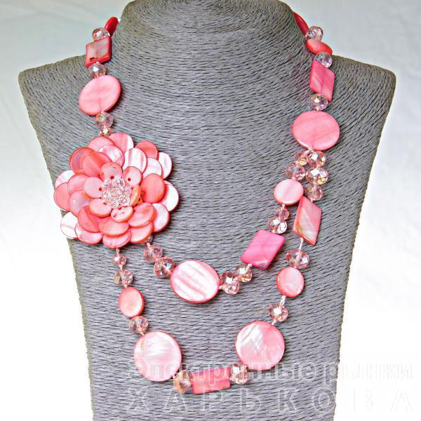 Бусы длинные Перламутр розовый монетка и прямоугольник, 47см - Колье, ожерелья, бусы, чокеры на рынке Барабашова