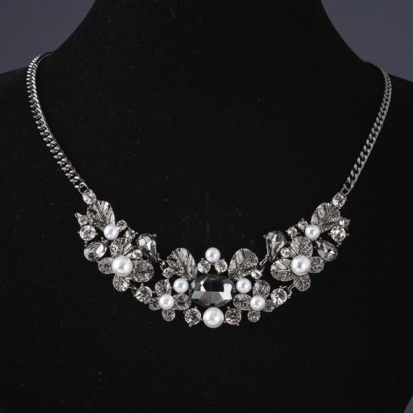Колье на цепочке Листики с серыми кристаллами L-48см темный металл