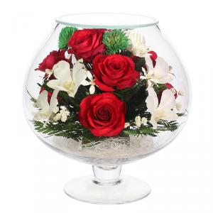 Фото  Композиция из натуральных роз и орхидей